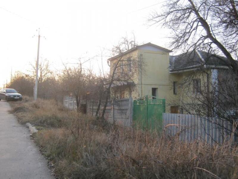 Дом, Люботин, Харьковская область (370626 1)