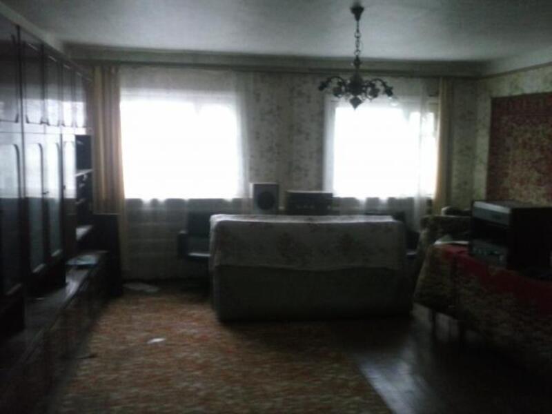 дом, Люботин, Харьковская область (371494 3)