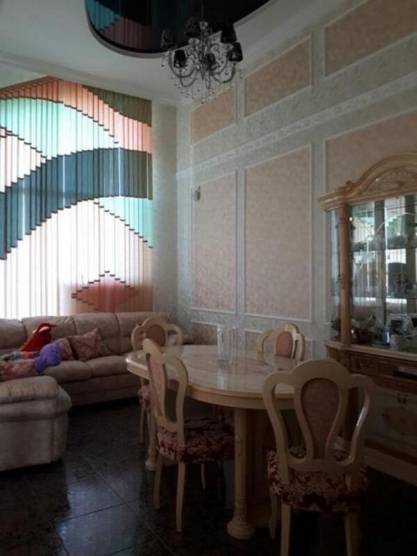 Дом, Чугуев, Харьковская область (375712 2)