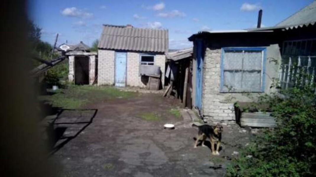 Дом, 3-комн., Донец (Червоный Донец), Изюмский район