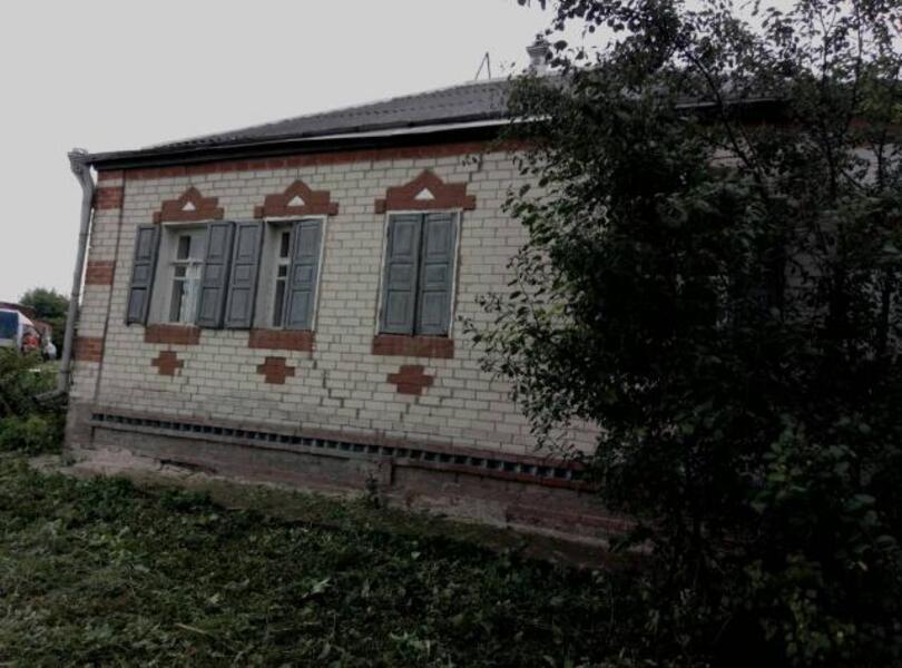 дом, Печенеги, Харьковская область (402084 5)