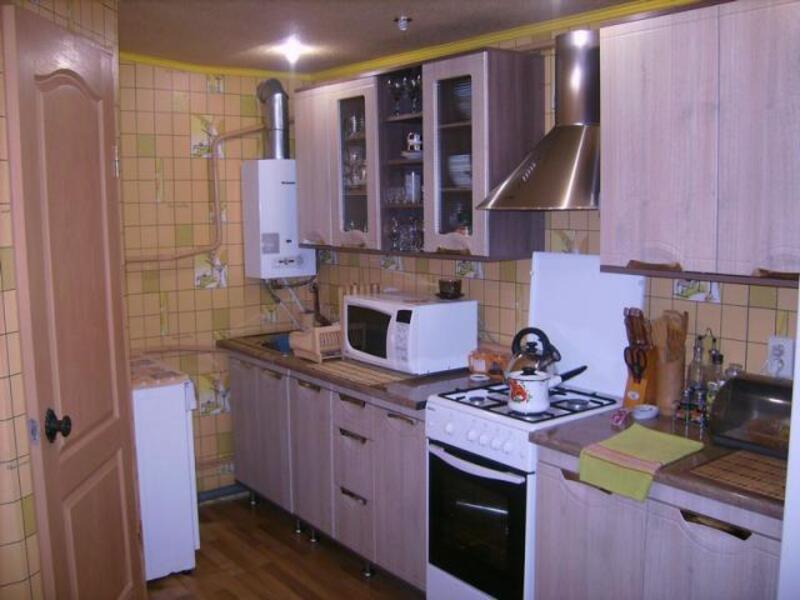 Дом, Люботин, Харьковская область (409614 8)