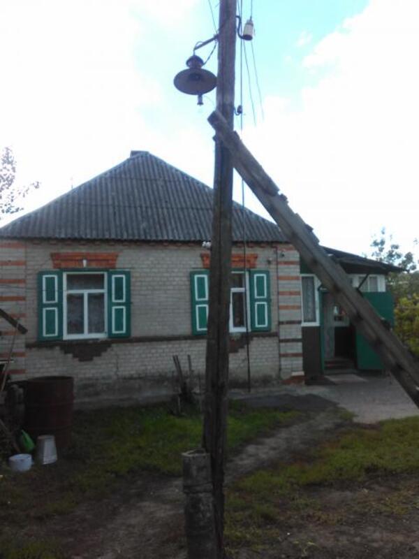 Дом, Дергачи, Харьковская область (411722 1)