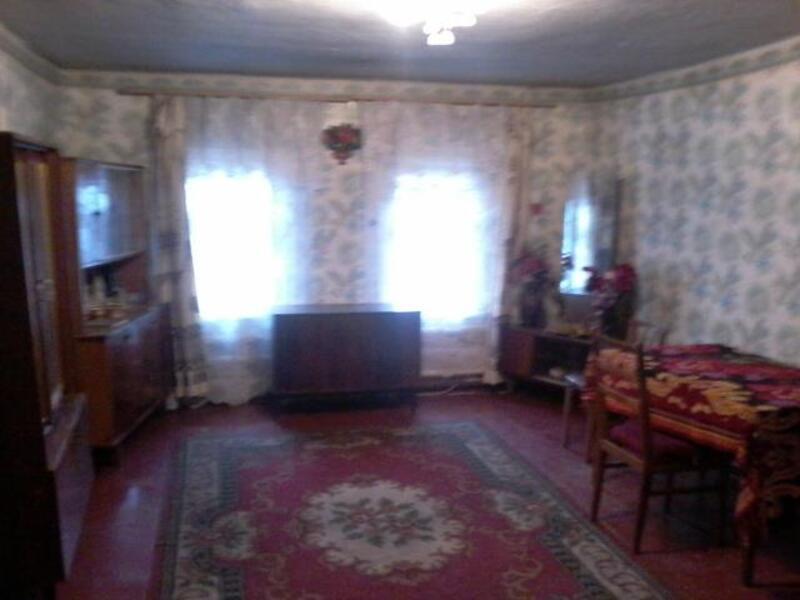 дом, Змиев, Харьковская область (413226 10)