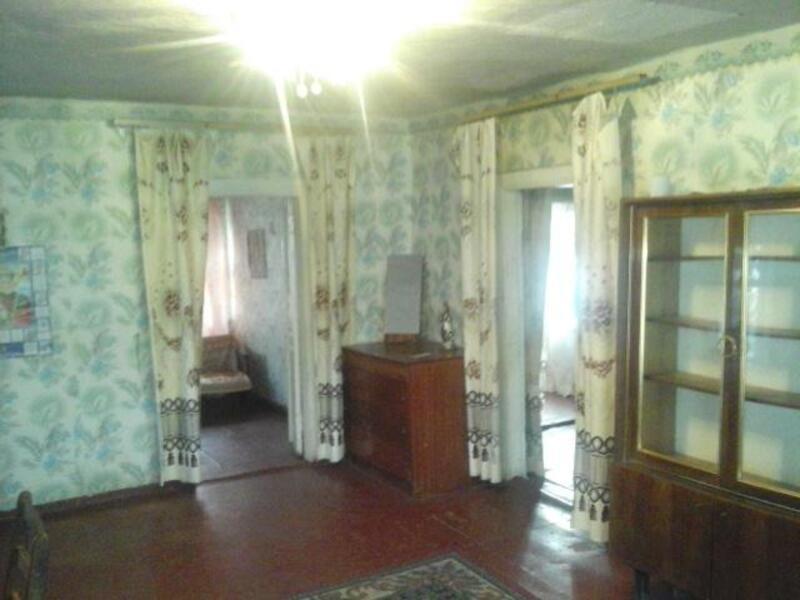 дом, Змиев, Харьковская область (413226 3)
