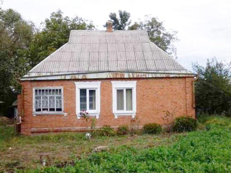 Дом, 4-комн., Люботин, Харьковский район