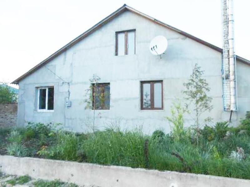 Дом, 4-комн., Докучаевское(Коммунист), Харьковский район