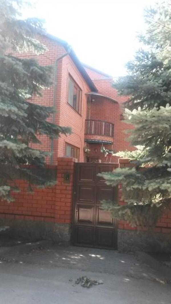 Дом, 8-комн., Харьков, Кирова поселок