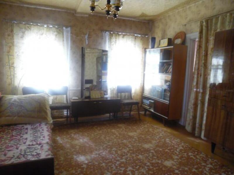 Дом, Люботин, Харьковская область (456927 7)
