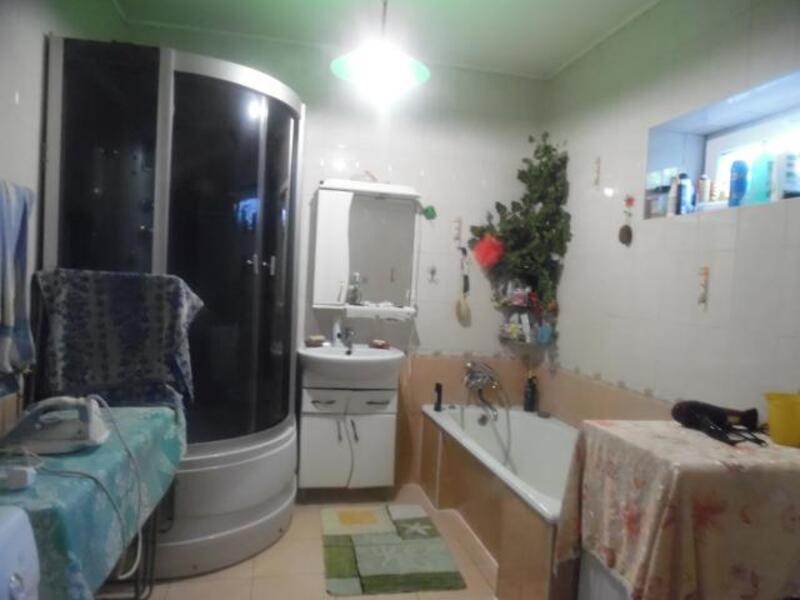 дом, Русские Тишки,  метро Героев Труда, Харьковская область (462301 5)