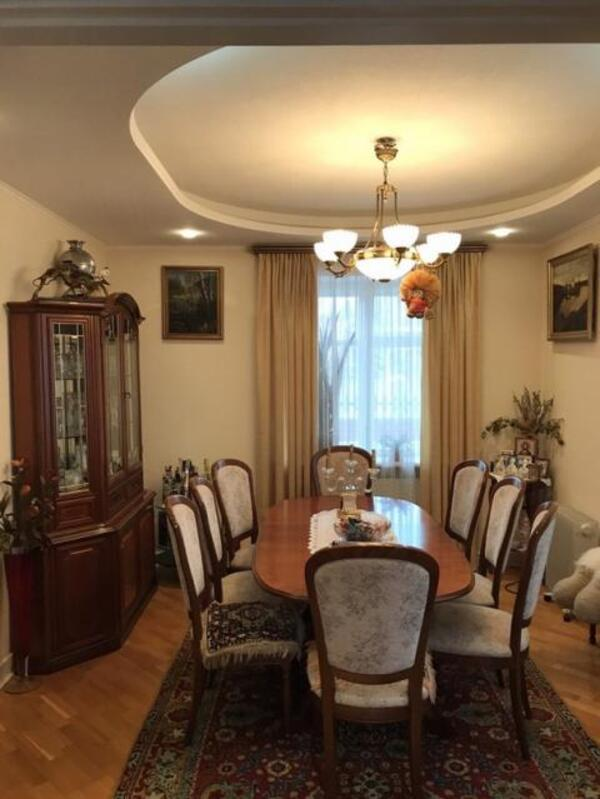 Дом, 7-комн., Высокий, Харьковский район