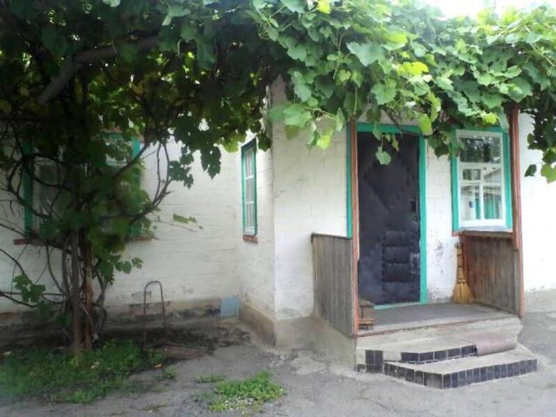 Дом, Изюм, Харьковская область (499624 1)