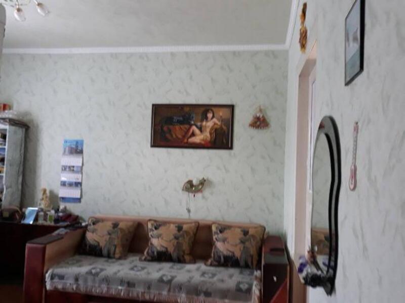 Дом, Люботин, Харьковская область (505517 5)