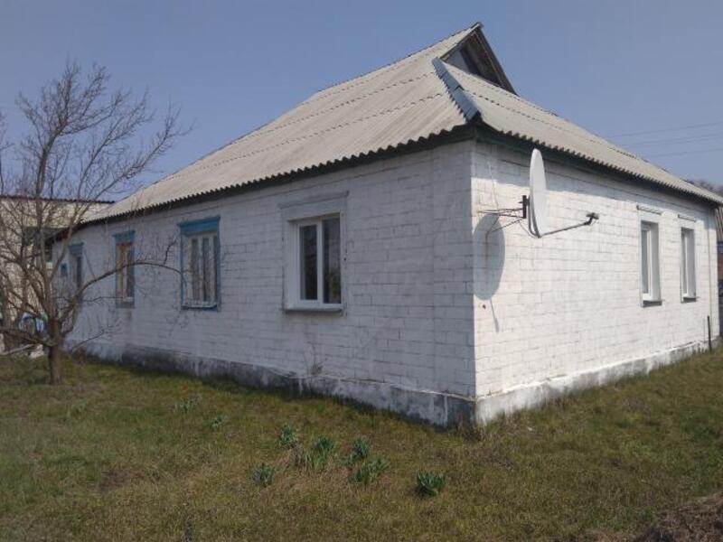 Дом, Змиев, Харьковская область (512745 1)