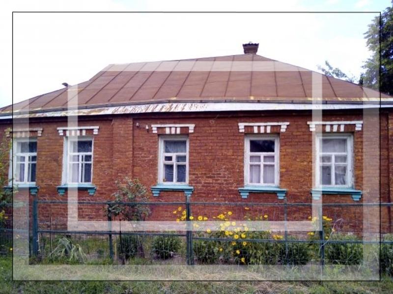 Дом на 2 входа, 5-комн., Люботин, Харьковский район