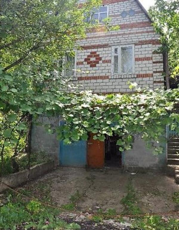 Дача, 3-комн., Рогань, Харьковский район