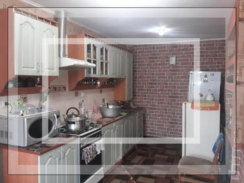 Дом, Золочев, Харьковская область (555696 1)