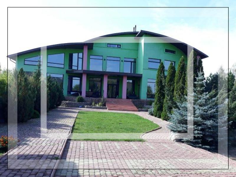 Элитный дом, 10-комн., Флоринка, Дергачевский район
