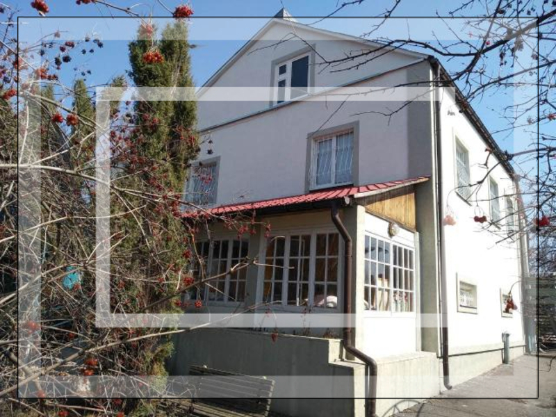 Дом, 8-комн., Циркуны, Харьковский район