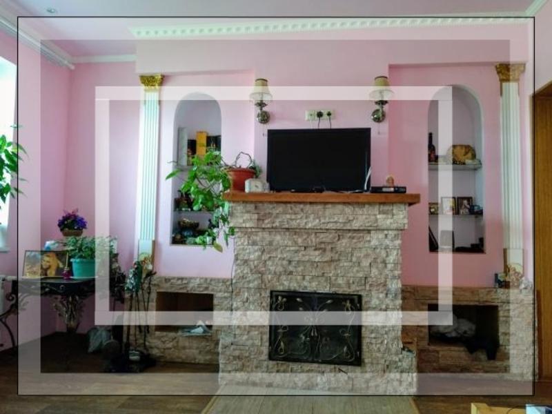 Дом, Чугуев, Харьковская область (597777 1)