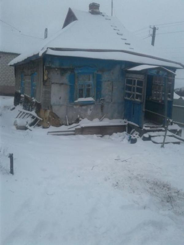 Дом, 2-комн., Новосёловка, Нововодолажский район
