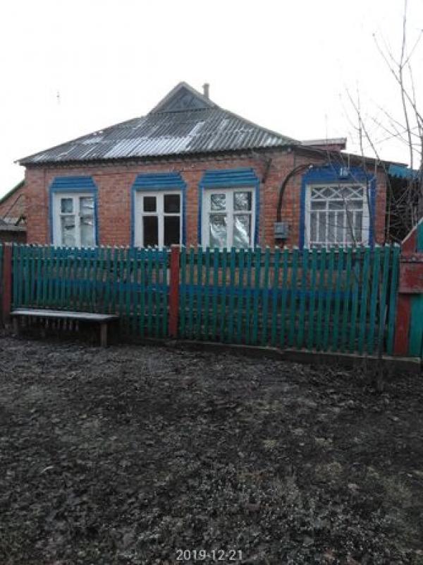Дом, 3-комн., Шиповатое, Великобурлукский район