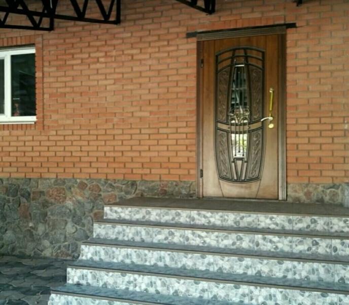 Дом, 5-комн., Лесное (Дергачи), Дергачевский район