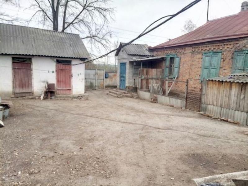 Дом, 4-комн., Красноград, Красноградский район