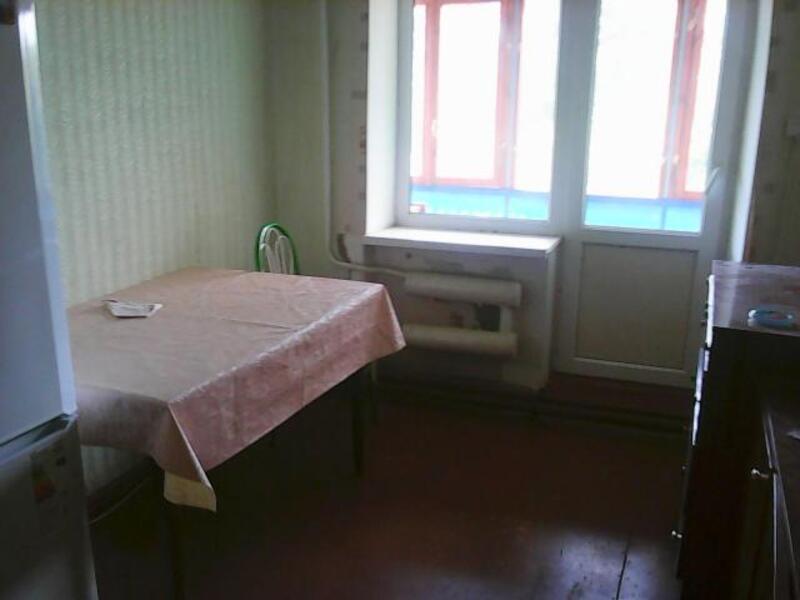 1 комнатная гостинка, Чугуев, Щорса (пригород), Харьковская область (418844 5)