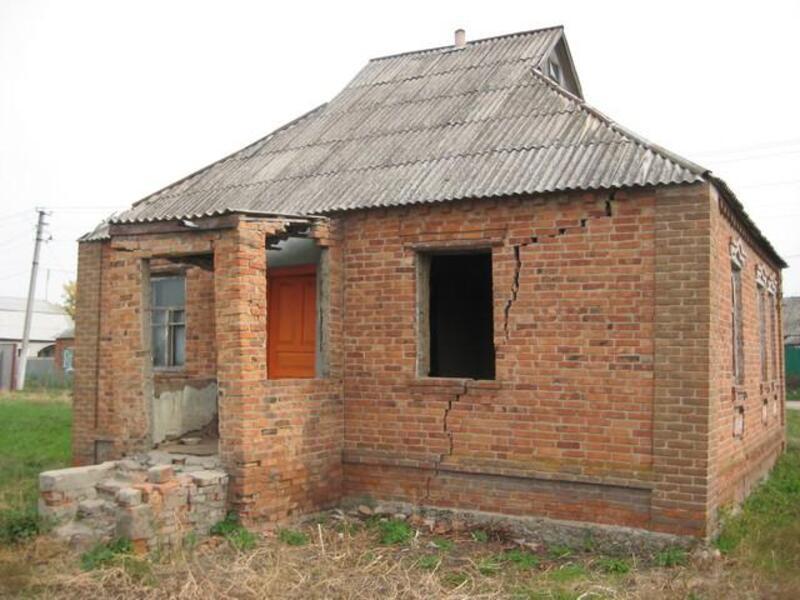 дом, 2 комн, Харьковская область, Золочевский район, Золочев, Дергачевское направление (190253 3)